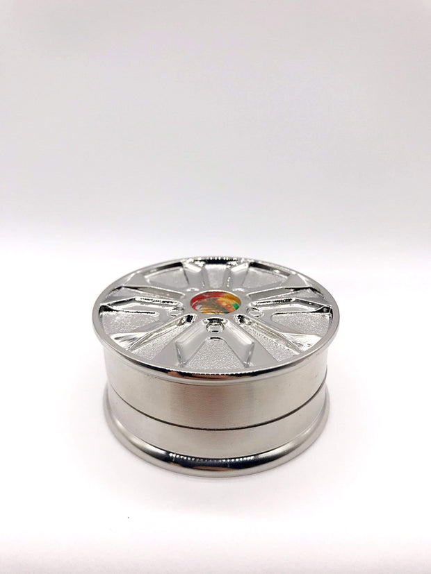 Smoke Station Accessories Silver 2-Compartment Anodized Aluminum Grinder