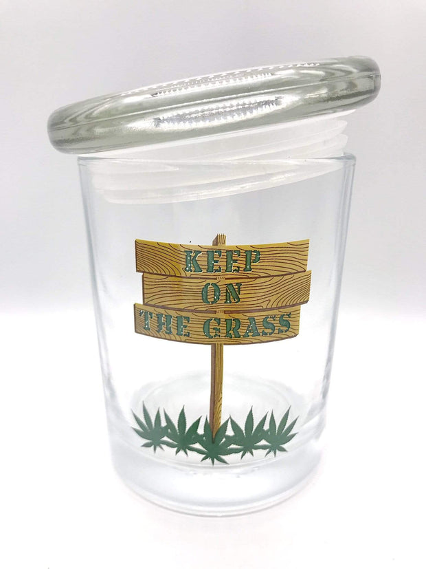 Smoke Station Accessories 1/2 Ounce (14 grams) Keep On The Grass stash jar - 1/2 Ounce