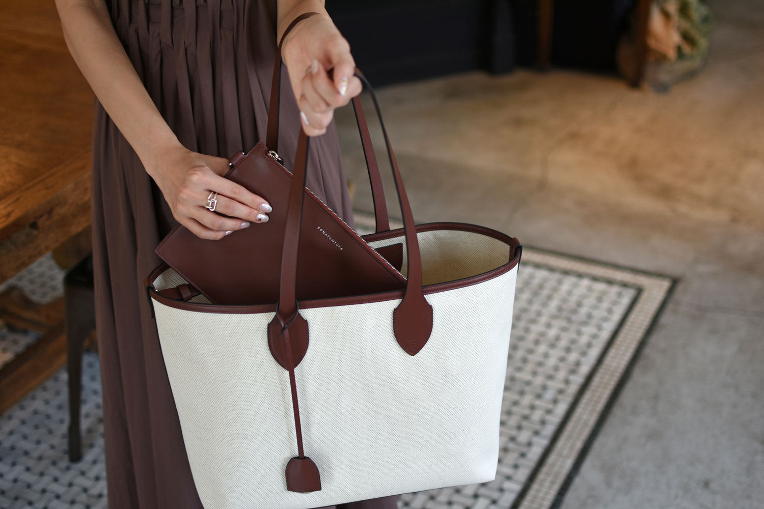 [New] Olivia Canvas Tote Bag