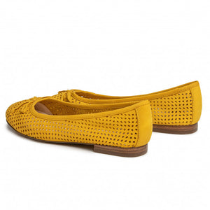Caprice 22101 Yellow Nubuck Pump