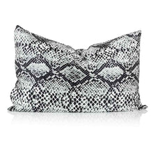 Load image into Gallery viewer, Snake Skin Print Silk Pillowcase - Calidad Home