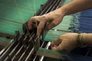 the weaving process of cashmere