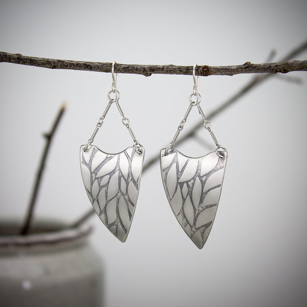 Willow Curved Shield Earrings