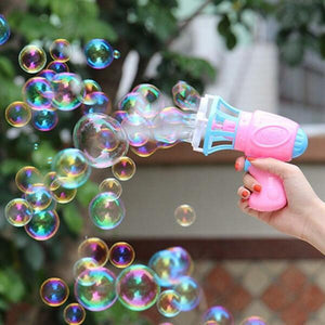 Magic automatic bubble machine with fan