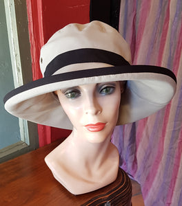 "Lillie and Cohoe ""Camille"" Sun hat, TAUPE"