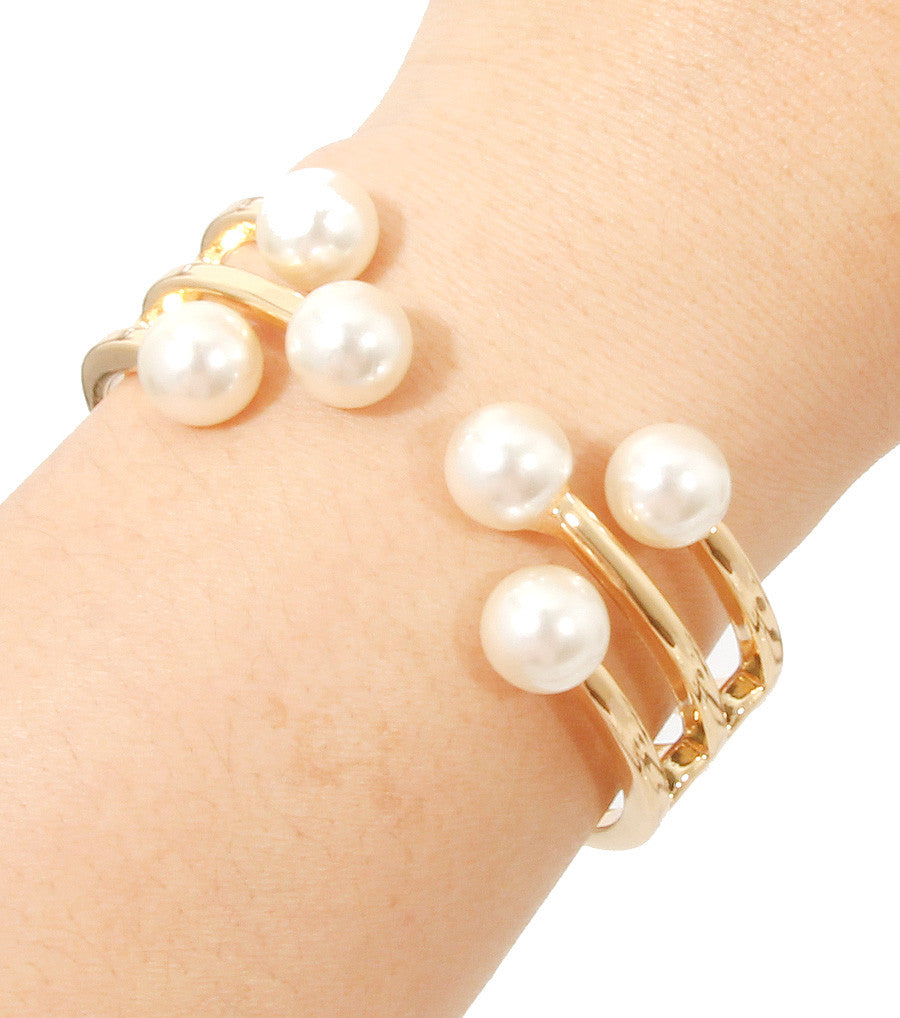 Silvia Pearl Bracelet - So Enticing