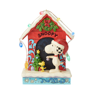 Enesco : Peanuts by Jim Shore - Snoopy By Dog House - Sheldonet Toy Store