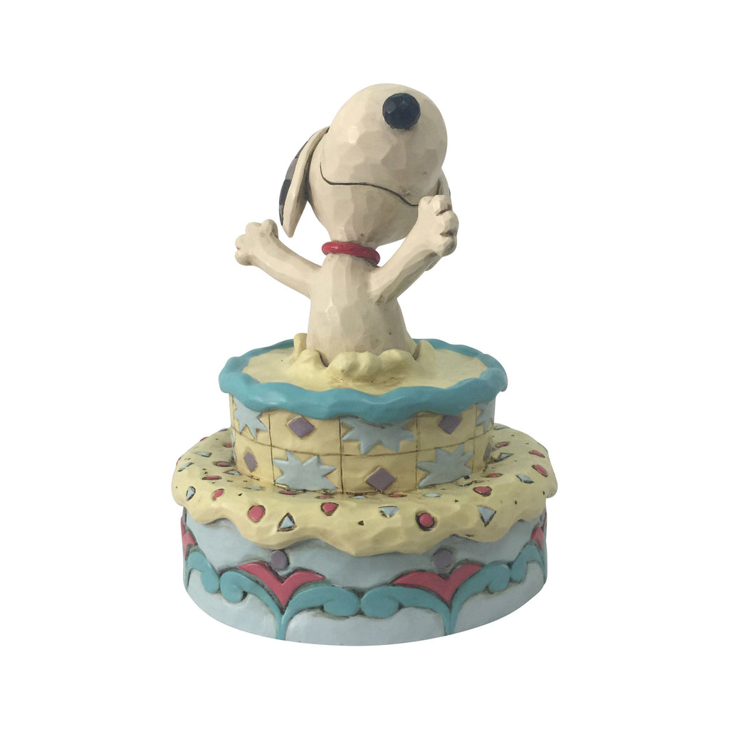 Enesco : Peanuts by Jim Shore - Snoopy Jumping Out Birthday Cake - Sheldonet Toy Store