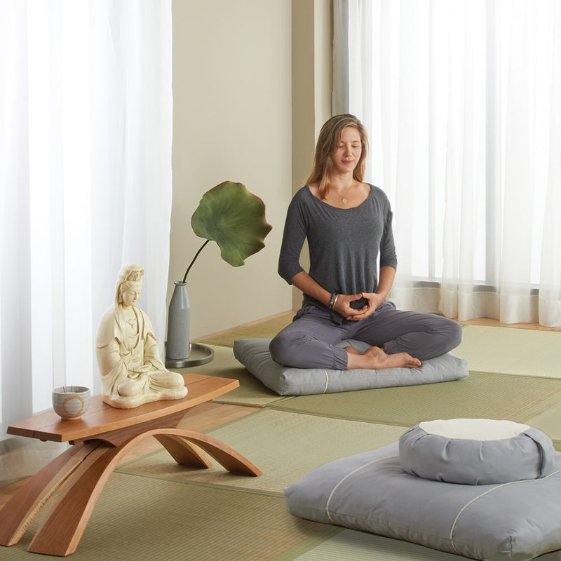 Dharma Cloud Meditation Cushion Set