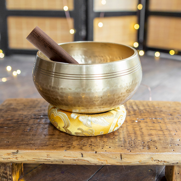 Golden Hammered Singing Bowl, 6""