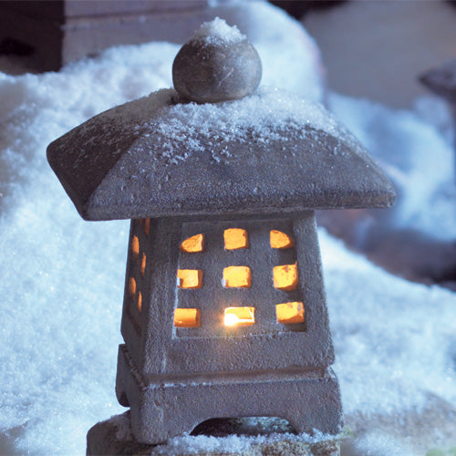 Small Yukimi Snow Lantern
