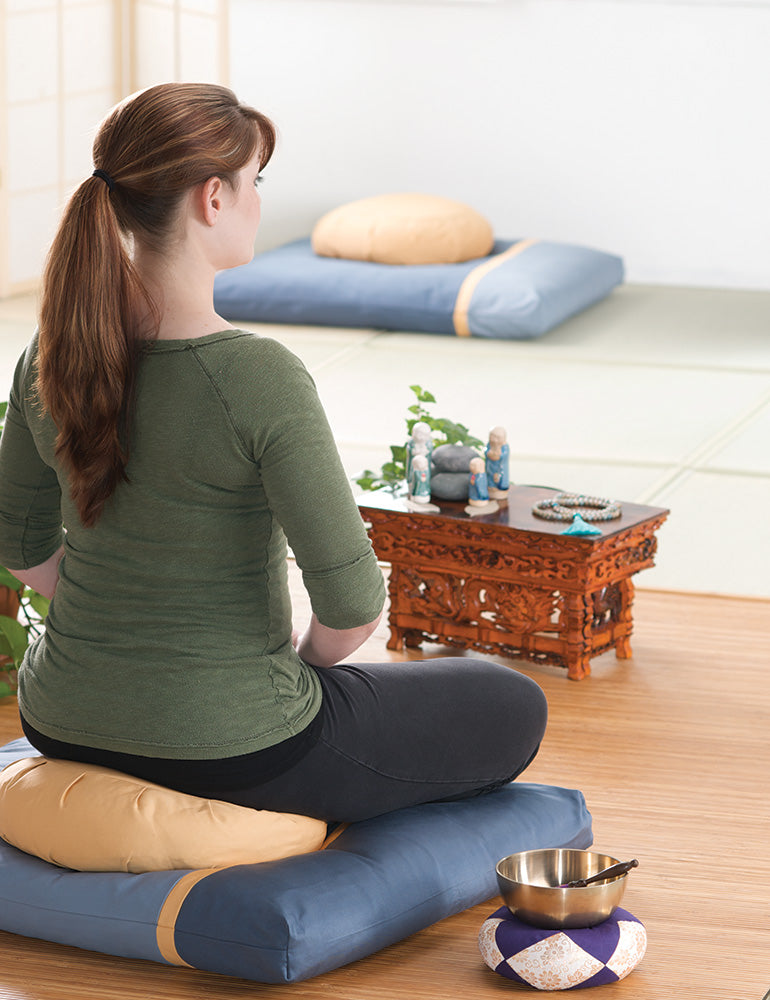 Stillness & Light: Gold Moon Meditation Cushion Set