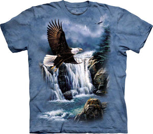 Eagle in Majestic Flight Adults T-Shirt