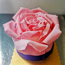 Load image into Gallery viewer, Signature Rose Cake