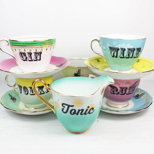 Load image into Gallery viewer, Vintage Alcohol Tea Set