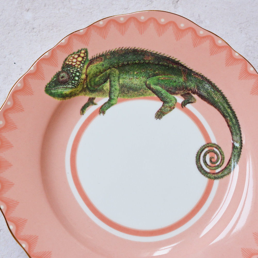 Load image into Gallery viewer, Crafty Chameleon Cake Plate