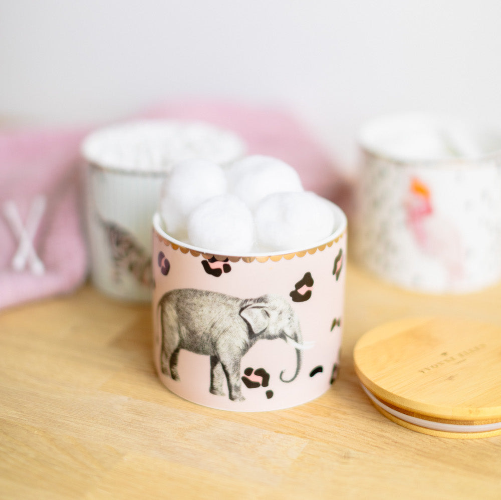 Load image into Gallery viewer, Elephant storage jar with marshmallows