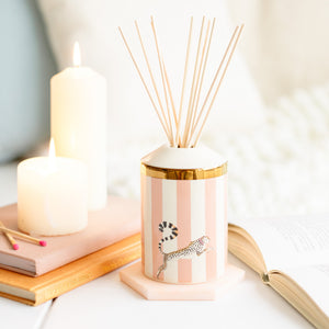 Load image into Gallery viewer, Ceramic reed diffuser