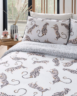 Load image into Gallery viewer, Tiger Off White Duvet set
