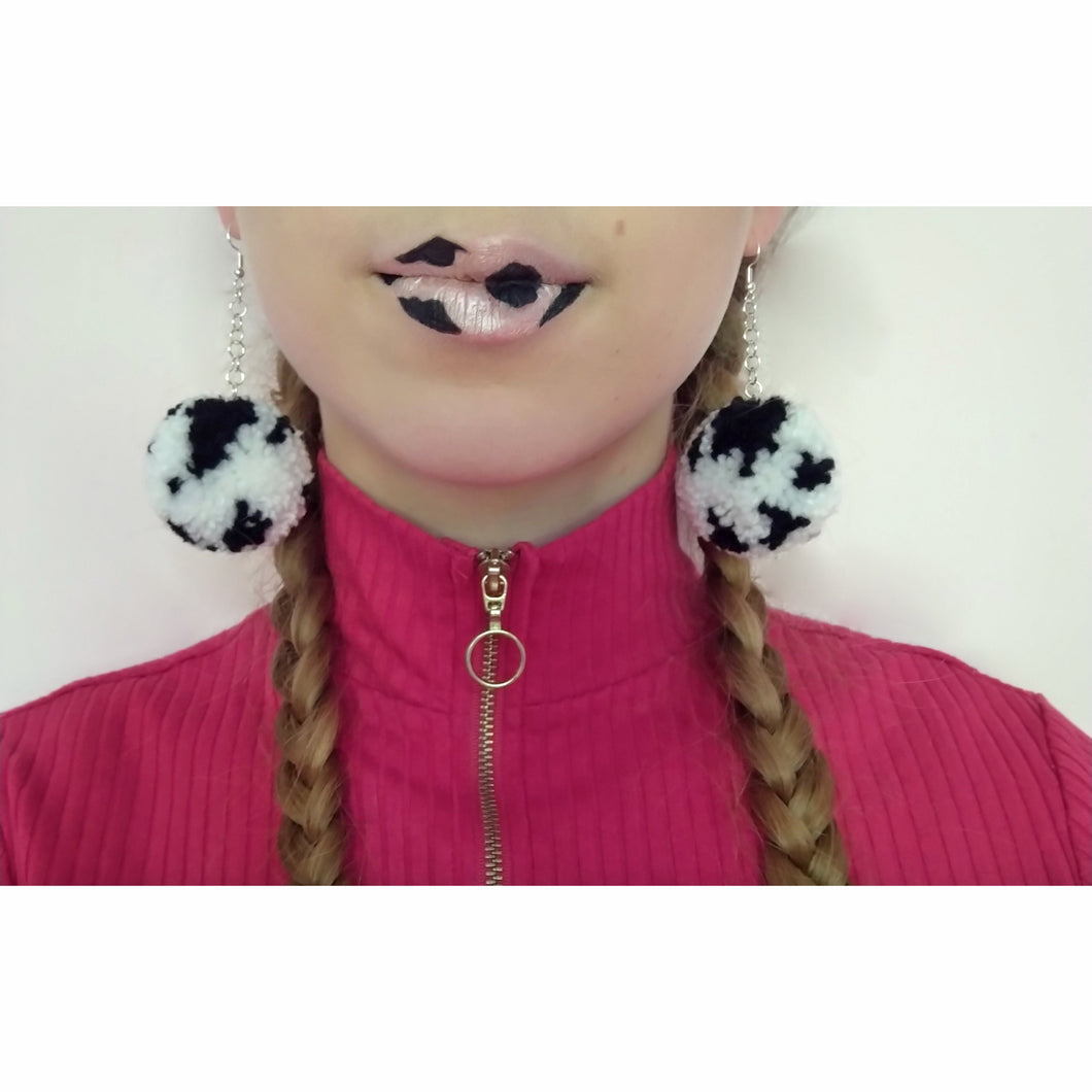 MooMoo PomPom Earrings