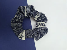 Load image into Gallery viewer, Paisley Scrunchie