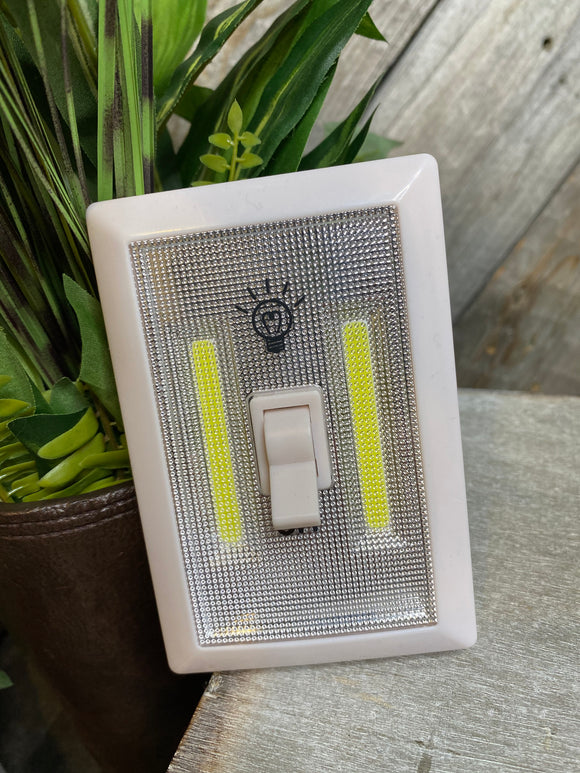 Giftware - Cob LED Light Switch Night Light