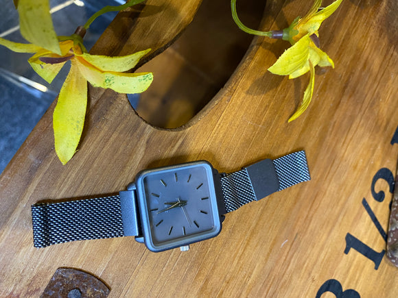 Jewelry - Watches - Square Grey Face Magnetic Strap