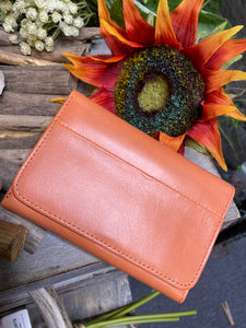 Hobo - Jill Wallet in Dusty Coral
