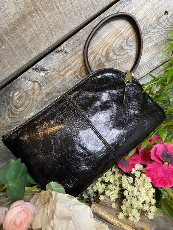 Hobo - Sabel Clutch in Black