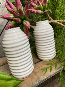 Giftware - Medium White Ripple Vase