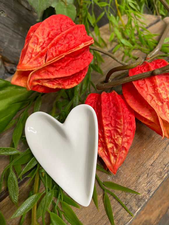 Giftware - Small Heart Shaped Dishes