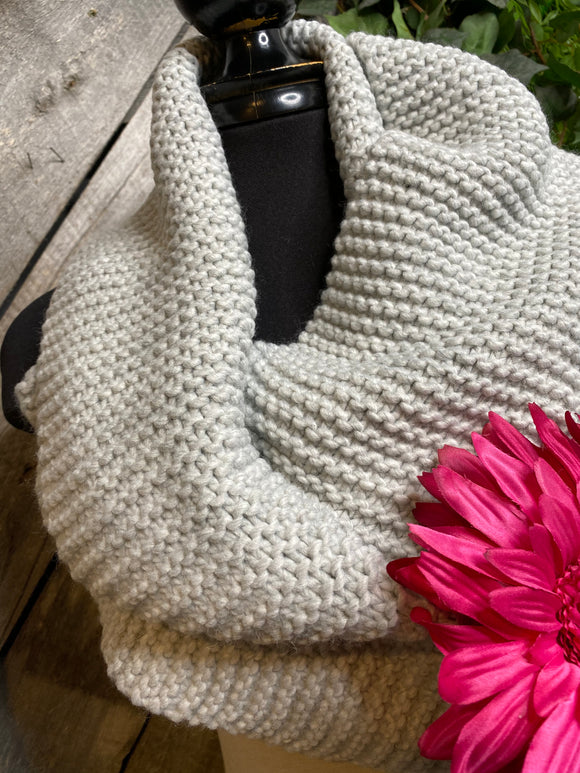 Winter Accessories - Knitted Scarf in Grey Melange