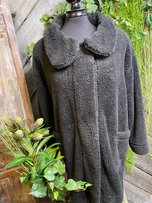 Paper Label - Fuzzy Jacket in Black