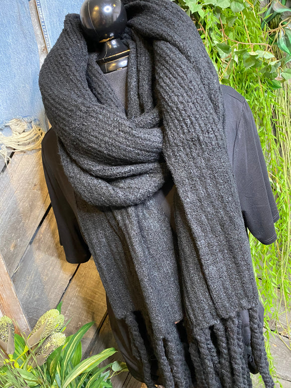 Blowout Sale - FP Scarf in Black