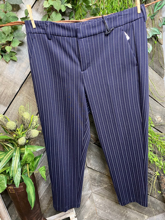 Liverpool - Kelsey Trouser in Navy/White Stripe