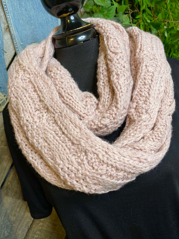 Blowout Sale - Cable Knit Scarf in Light Pink