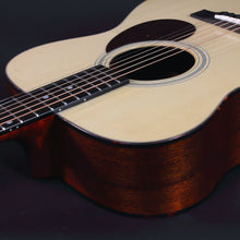 Load image into Gallery viewer, Eastman E1Om Natural Acoustic Guitars