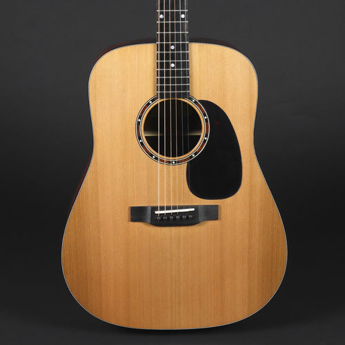 Eastman E2D Cedar Dreadnought Guitar