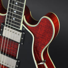 Load image into Gallery viewer, Eastman T484 Thinline Semi-Acoustic - Classic - Mak's Guitars