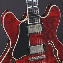 Load image into Gallery viewer, Eastman T59/v Left-handed Antique Classic Finish - Mak's Guitars
