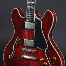 Load image into Gallery viewer, Eastman T59/v Antique Classic Finish #0665 - Mak's Guitars