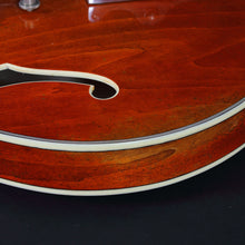Load image into Gallery viewer, Eastman T64/v-Antique Amber Archtops And Semi-Acoustics