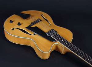 Comins Gcs-16-1 Archtop Natural Archtops And Semi-Acoustics