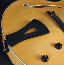 Load image into Gallery viewer, Comins Gcs-16-1 Archtop Natural Archtops And Semi-Acoustics