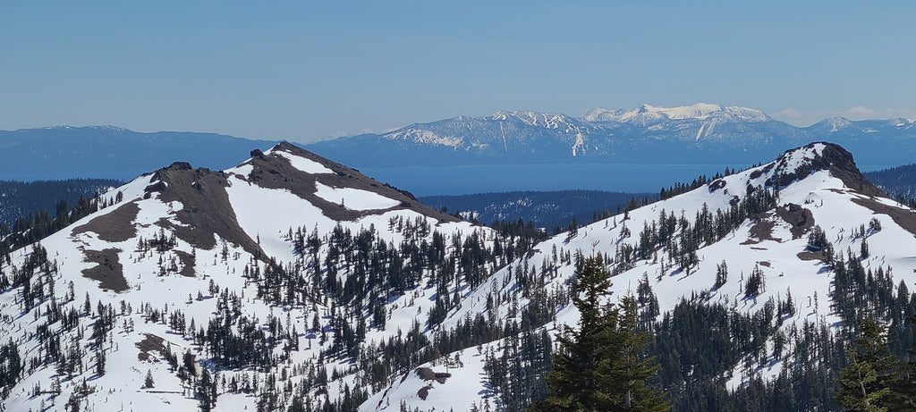 Silver Peak (left) and Gold Peak (right) still have good coverage on the northerly aspects.