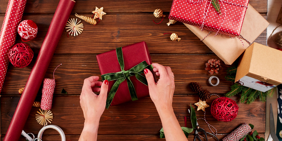 6 Sustainable Ways to Wrap Gifts