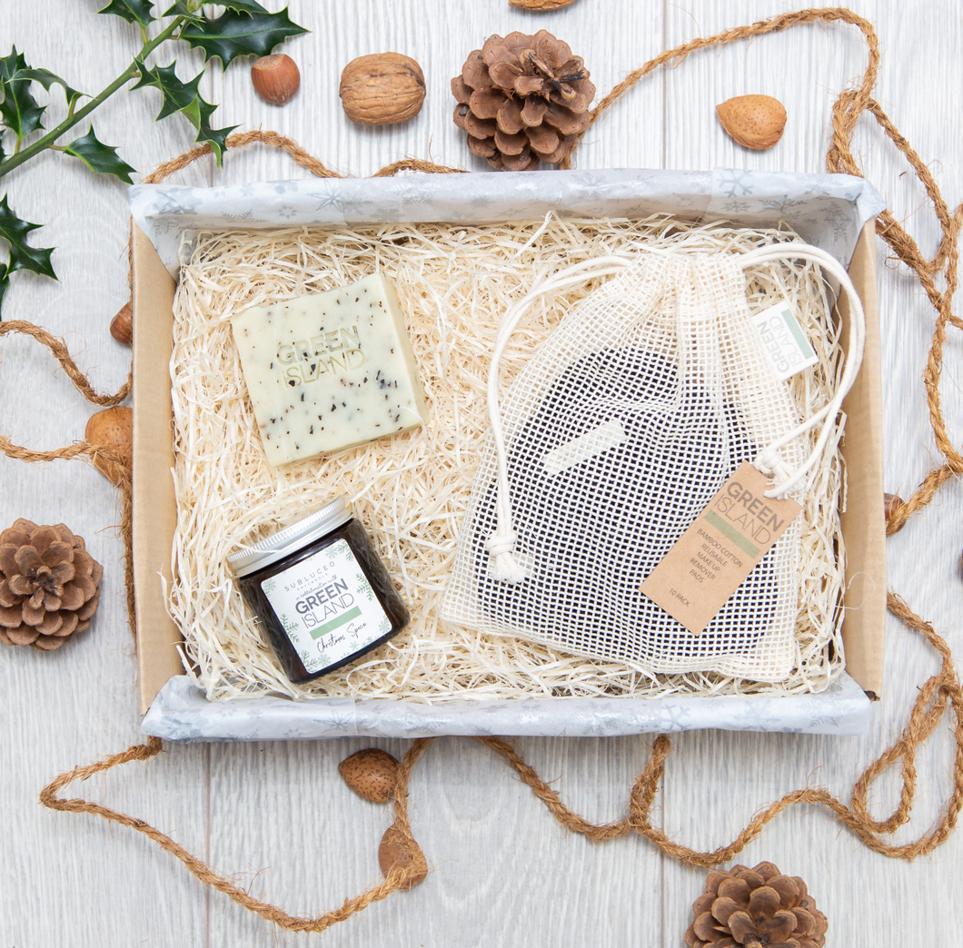 Make Up Remover Gift Set With Seaweed & Spearmint Soap