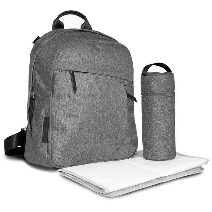 Photo of the insulated bottle case and changing pad