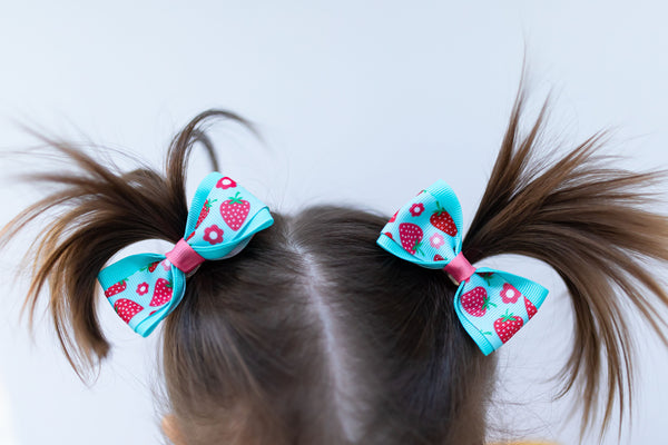 Strawberry Pig Tail Bow Set