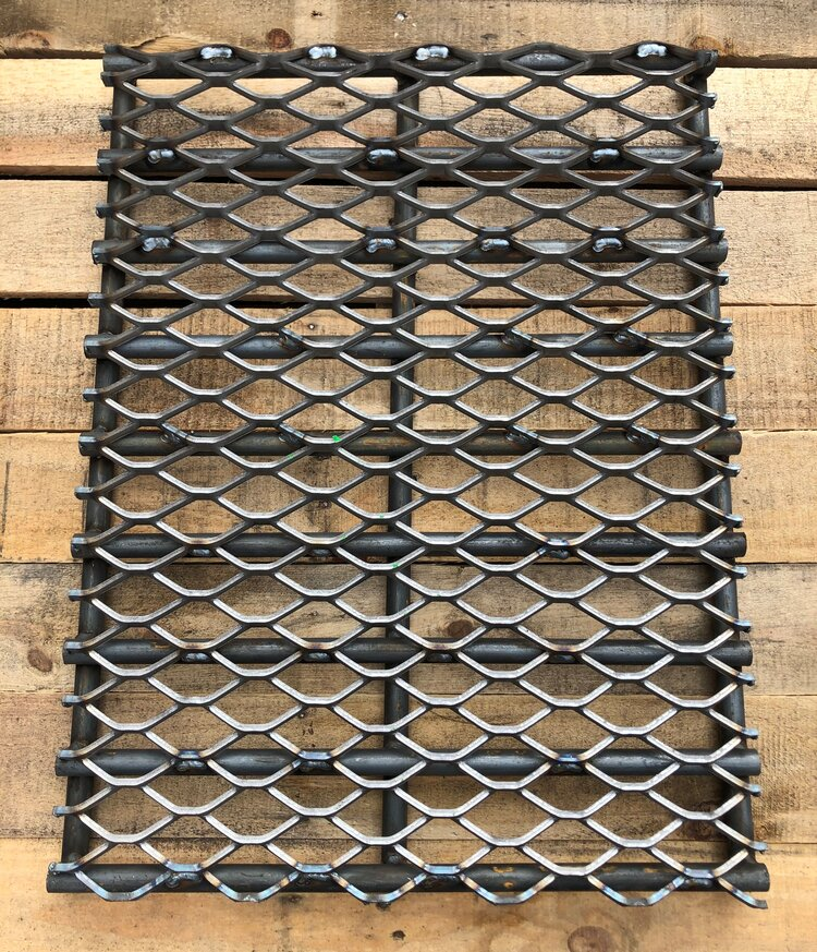 "Horizon Smoker Heavy-Duty Charcoal Grate - 17"" x 22"" for 24"" Smokers"